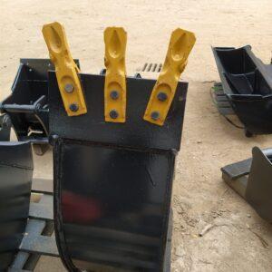 25 cm – Łyżka podsiębierna do koparki do 1 tony