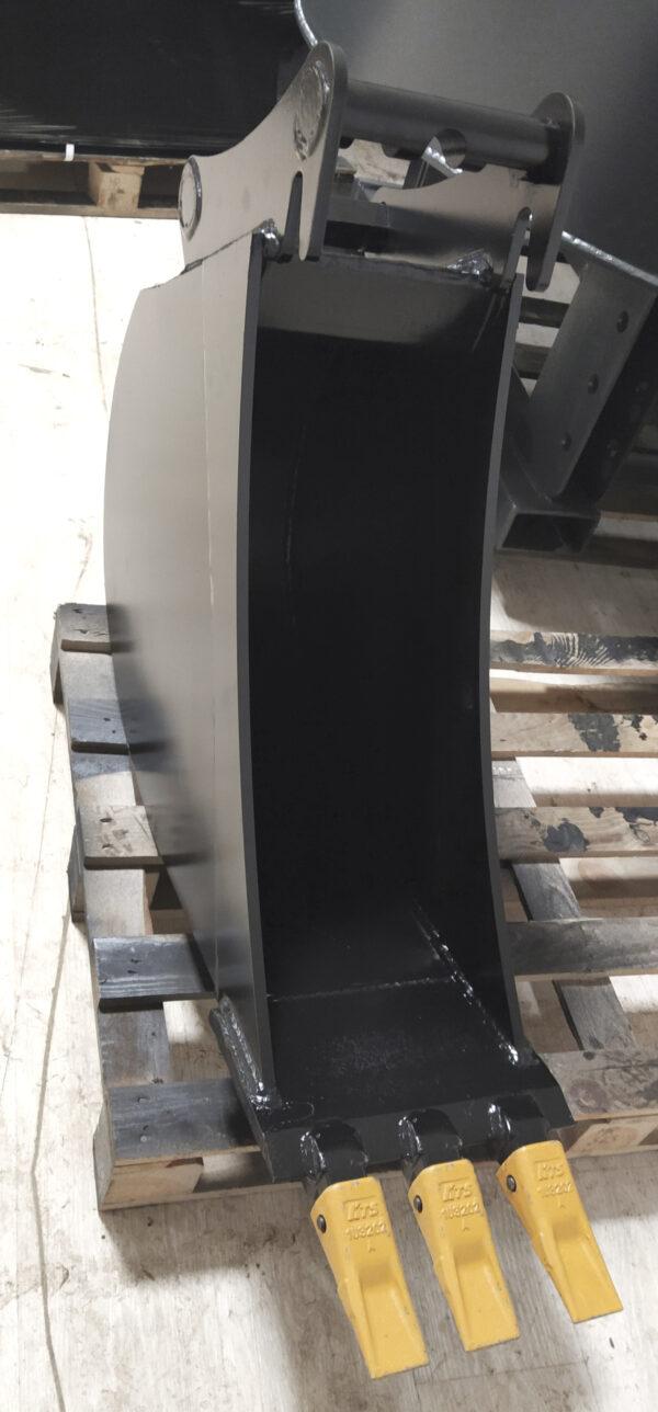 30 cm – Łyżka podsiębierna do koparki 5,6 – 9 ton