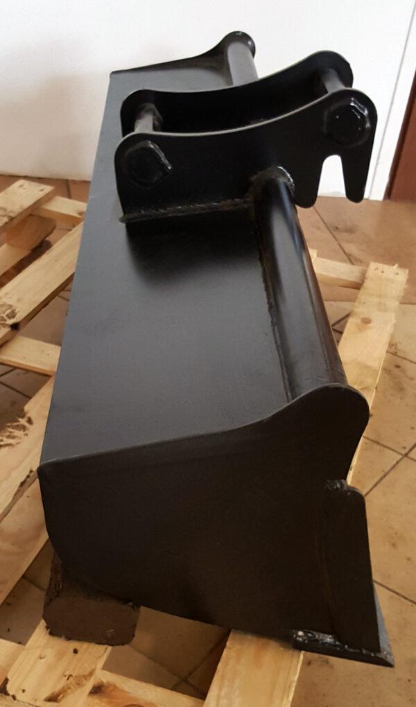 180 cm – Łyżka skarpowa do koparki 13,1 – 18 ton
